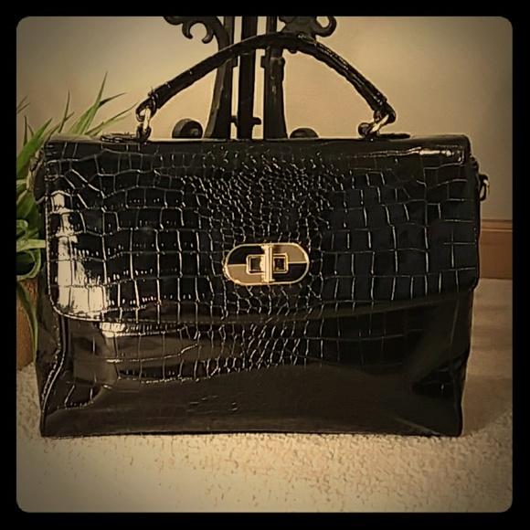 026795dd05 Carpisa Handbags - CARPISA PATENT